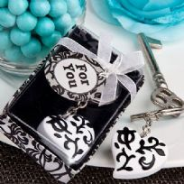 White And Black Heart Design Key Ring